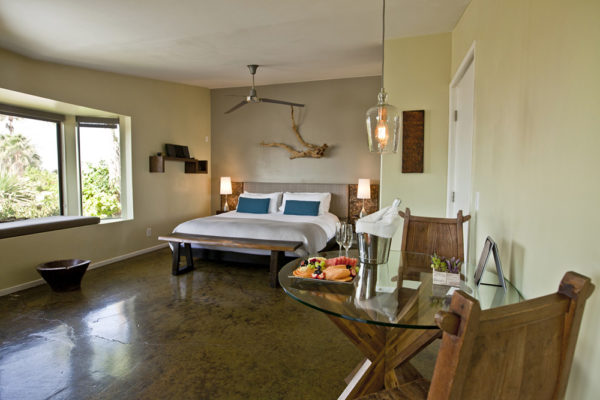 Deluxe Moutain View Suite
